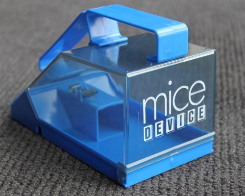 deebee-mice-device